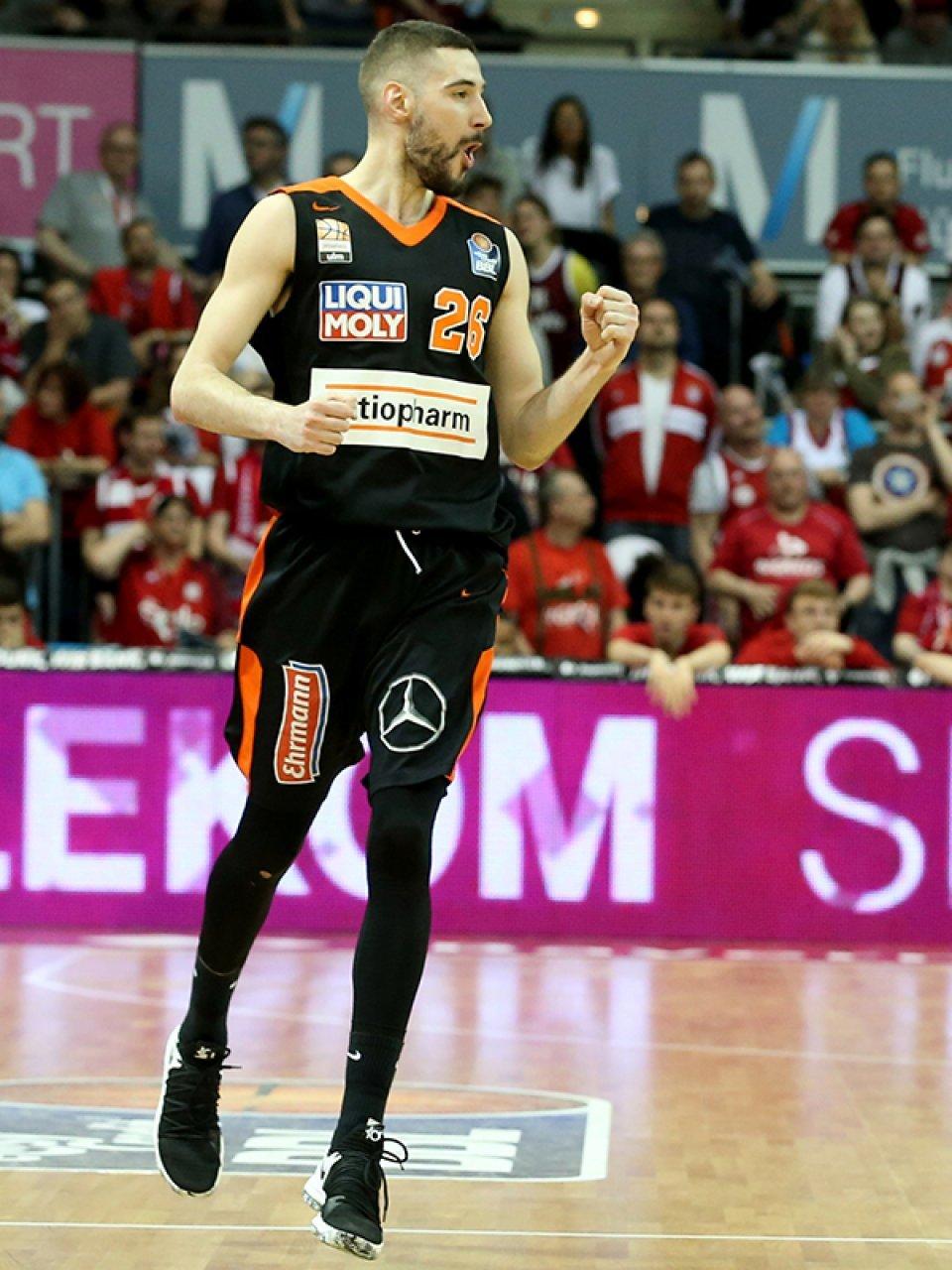 Luka Babic glänzte mit seinem All-Round-Spiel und ballt zu Recht die Faust.
