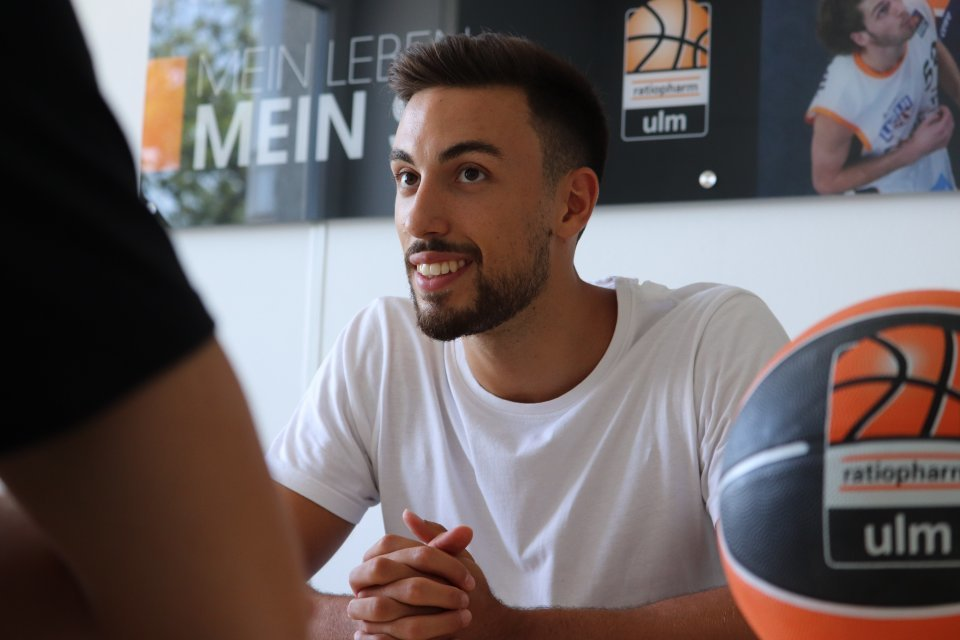 Nationalspieler Ismet Akpinar im Interview Foto: Julia Günter