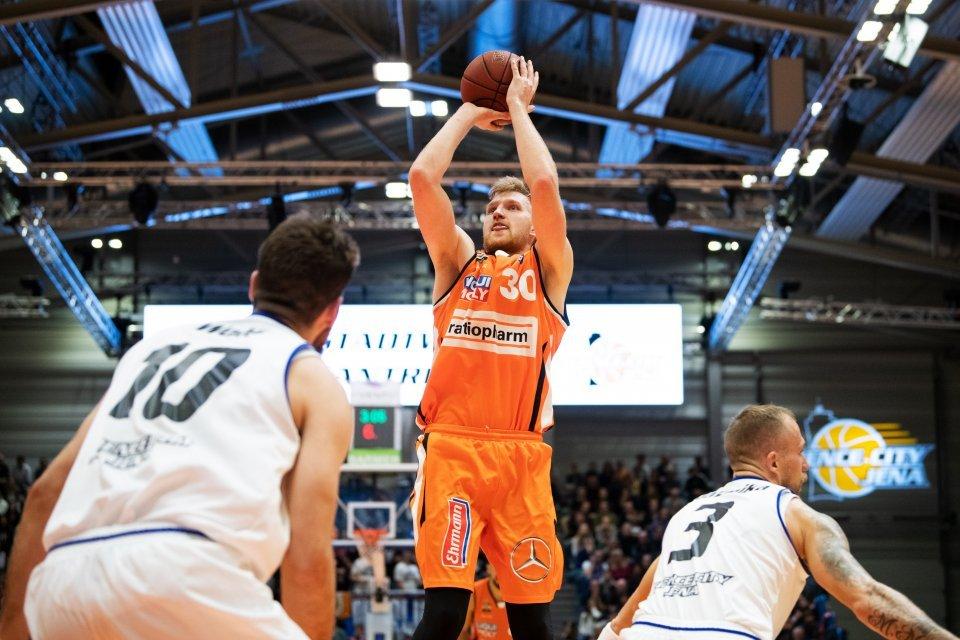 Max Ugrai gelang im Hinspiel gegen Jena sein bisher bestes BBL-Spiel für Ulm. Foto: Christoph Worsch