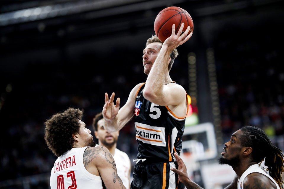 Zoran Dragic: Nervenstark und und mit der starken linken Hand. Foto: Daniel Löb